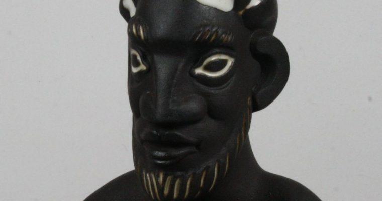 Ravelli mid-century modern figurine of a potter