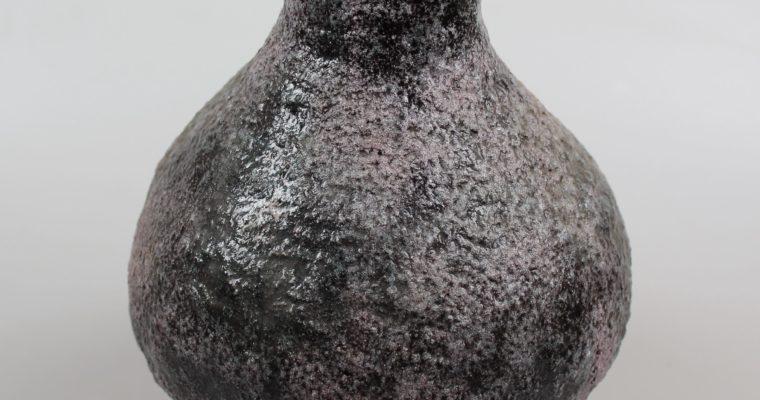 Groeneveldt handformed vase fat lava