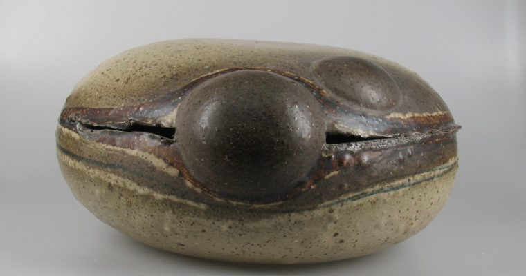Hilbert Boxem brutalist ceramic object
