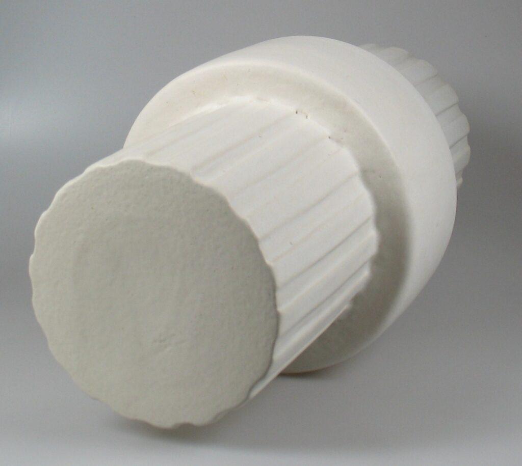 Henny Radijs large ceramic column