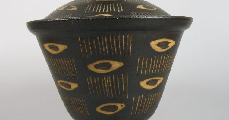 Jan van Stolk 1950's pot with lid