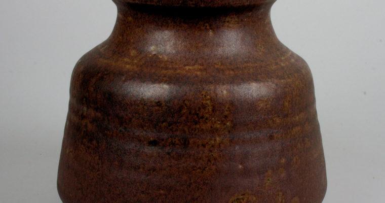 Henny Radijs studio pottery vase 1968