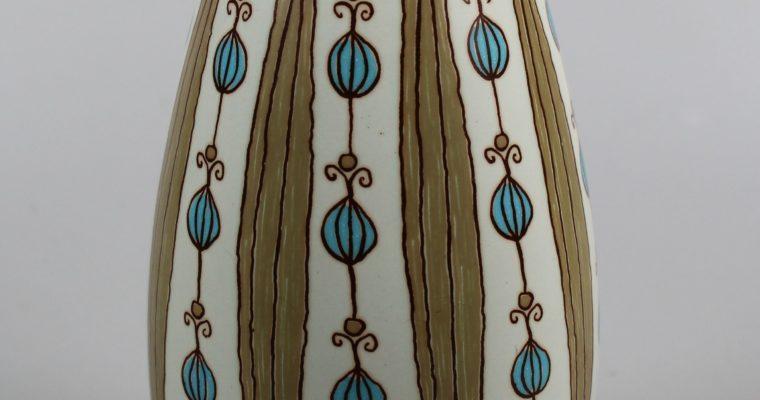 Turi Gramstad Oliver Figgjo mid-century vase