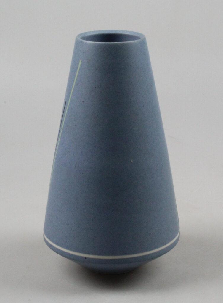 Anne Leclercq studio pottery vase