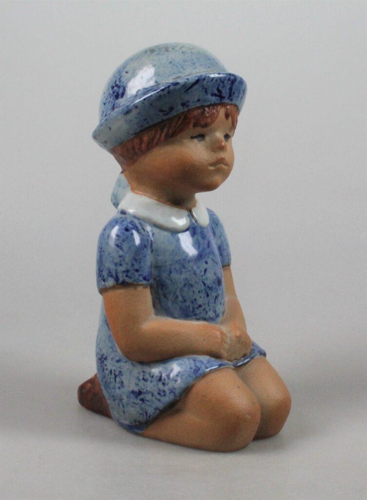 """Lisa Larson Gustavsberg sculpture  """"Sommarklädd"""""""